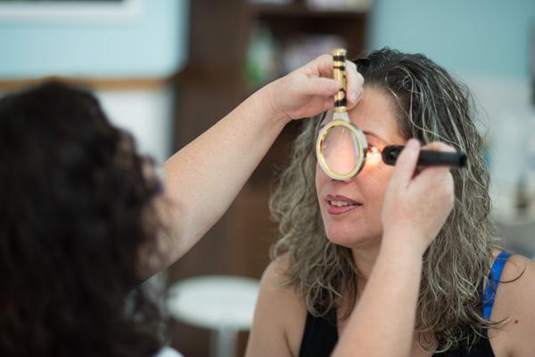 אבחון דרך קשתית ולובן העין, אירידיולוגיה - אפרת סטביצקי